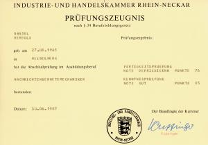 IHK-Prüfungzeugnis zum Nachrichtengerätemechaniker (Elektroniker)